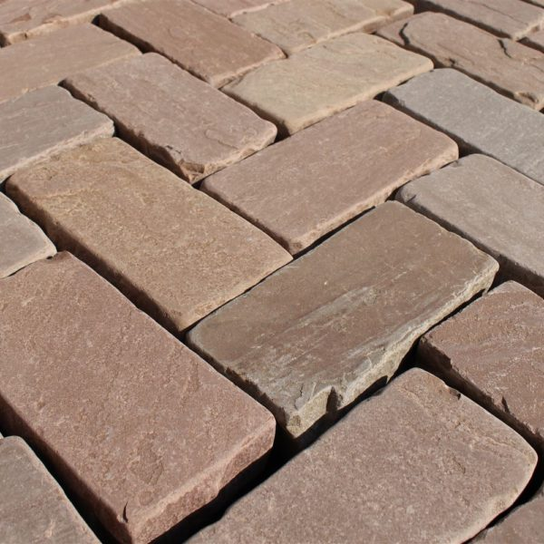 Manufacturer of Brown Cobbles in India