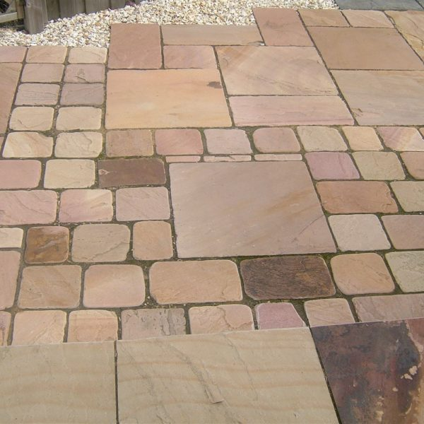 Supplier of Brown Cobbles